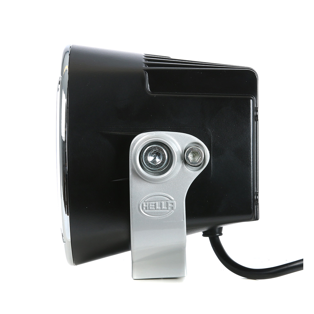 led lis valo 5 hella luminator x 40w 319 00 valostore fi. Black Bedroom Furniture Sets. Home Design Ideas