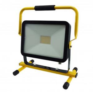 LED-arbetsbelysning 230V, 50W, med ställning